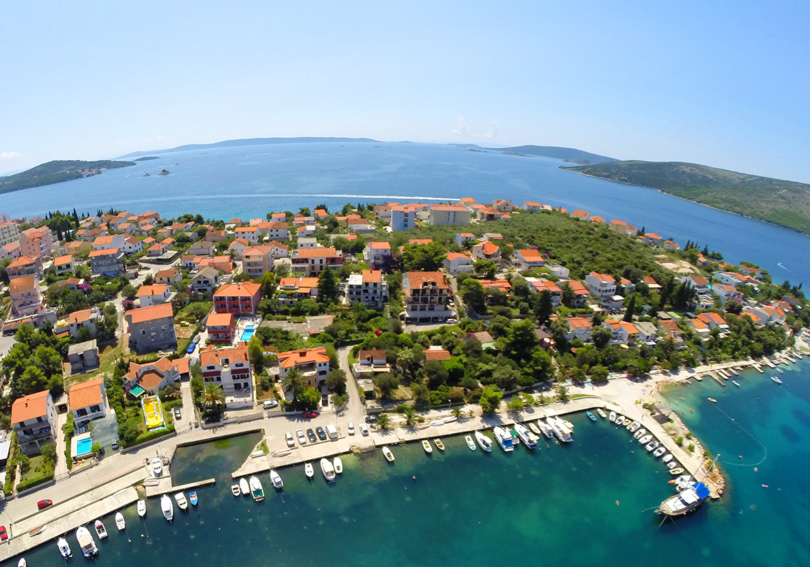 Trogir Croatia  city photos gallery : Trogir Croatia | Apartments | Price | Croatia
